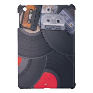 80年代のレトロのカセットテープおよびレコード iPad MINI CASE