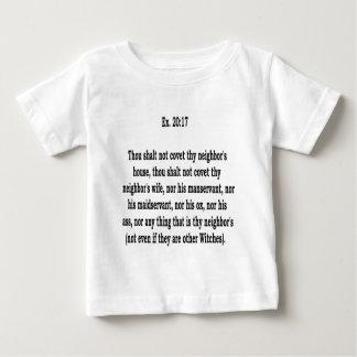 、8 ベビーTシャツ