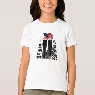 9月11日私達は記念の捧げ物を覚えています Tシャツ