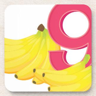 9本の熟したバナナ コースター