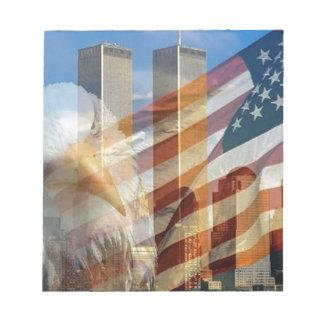 911のワシの旗タワー ノートパッド