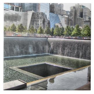 911爆心地点の記念物 タイル