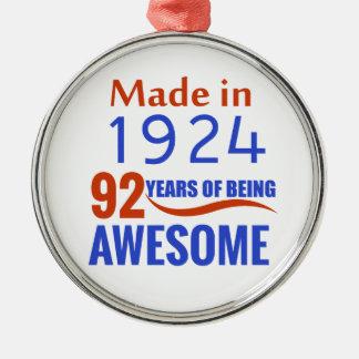 92の誕生日のデザイン メタルオーナメント
