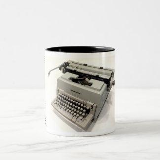 98オリベッティLineaのタイプライター ツートーンマグカップ