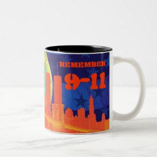 9-11を覚えて下さい ツートーンマグカップ
