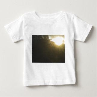 9 wow ベビーTシャツ