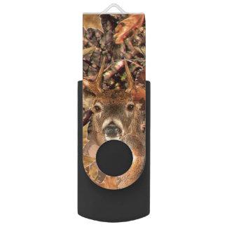 aの木びき台の秋のカムフラージュの白い尾シカ USBフラッシュドライブ