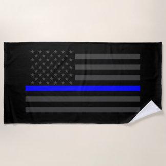 aの記号による薄いブルーライン米国の旗のグラフィック ビーチタオル