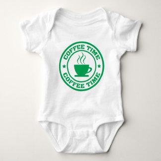 A251コーヒー時間円の緑 ベビーボディスーツ