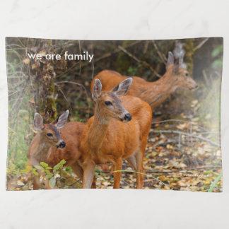 A Trio of Black-Tailed Deer トリンケットトレー