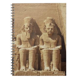 Abu Simbel -カイロ、エジプトの彫刻 ノートブック
