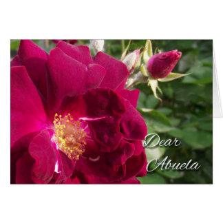 Abuela、赤いバラおよびばら色の芽のための祖父母日 グリーティングカード