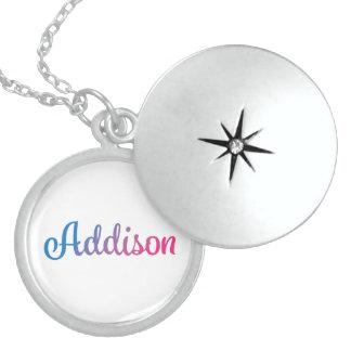 Addisonのスタイリッシュな筆記体 スターリングシルバーネックレス