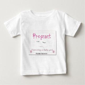Addisonを妊娠した ベビーTシャツ