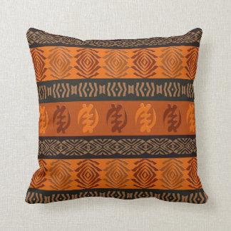 Adinkraのsimbolsが付いている民族のアフリカパターン クッション