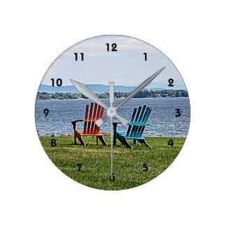 Adirondackの美しい ラウンド壁時計
