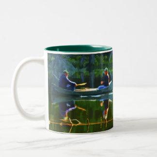 Adirondacksでカヌーをこぐこと ツートーンマグカップ