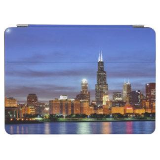 Adlerのプラネタリウムからのシカゴのスカイライン iPad Air カバー