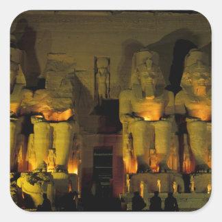 AF、エジプト、Abu Simbel。 巨大な姿の スクエアシール