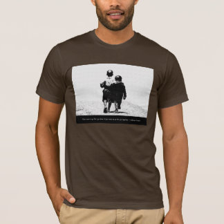 African Proverb Tシャツ