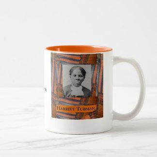AfriMex UrbanoハリエットTubman Kenteのマグ ツートーンマグカップ