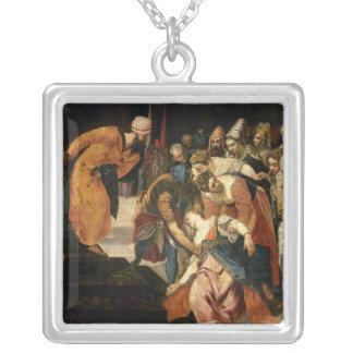 Ahasuerus 1548年の前のエスター シルバープレートネックレス
