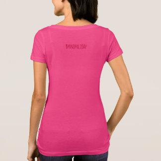 Ahimsa:  親切、情け深く及び非激しいがあって下さい tシャツ