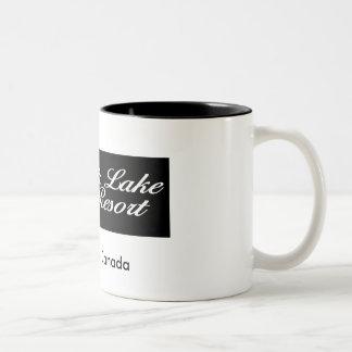 Ahmic湖リゾートのロゴ、オンタリオ/カナダ ツートーンマグカップ