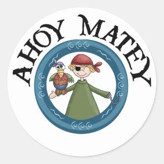 Ahoyオウムのステッカーを持つMatey海賊 ラウンドシール