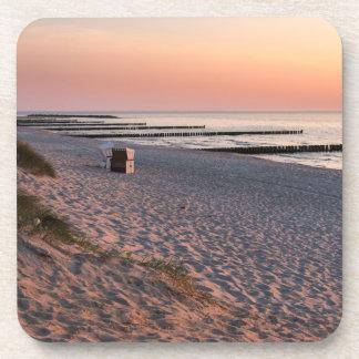 Ahrenshoopのビーチの日没 コースター