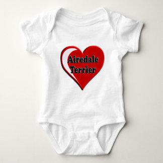 Airedaleテリアのハート ベビーボディスーツ