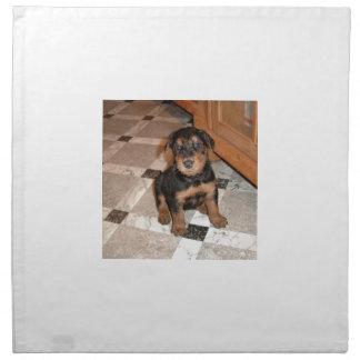 Airedaleテリアの子犬 ナプキンクロス