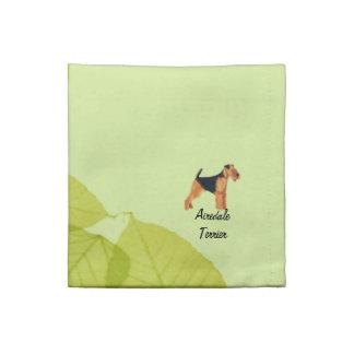 Airedaleテリアの~の緑の葉のデザイン ナプキンクロス