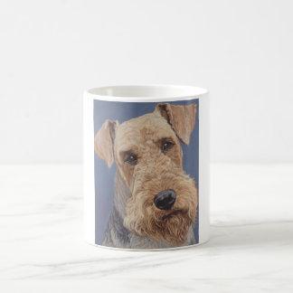 Airedale犬のコーヒー・マグ コーヒーマグカップ