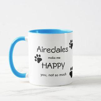 Airedalesは私を足のプリントをくまなくと幸せにさせます マグカップ