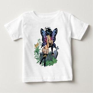 Alリオによって破損と坐るゴシック様式妖精の墓 ベビーTシャツ
