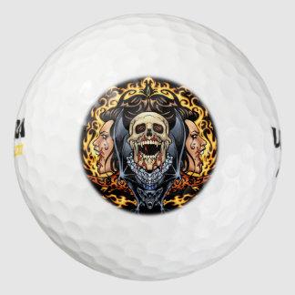 Alリオによるスカル、吸血鬼およびこうもりのゴシック様式デザイン ゴルフボール