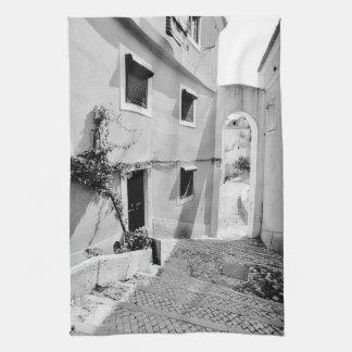 ALFAMA -リスボンの台所タオルの晴れた日 台所タオル