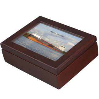 Algoma Strongfieldの長方形の記念品箱 ジュエリーボックス