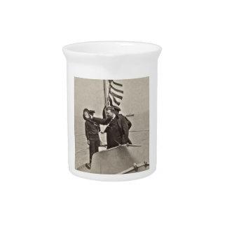 AlgonquinのBullのアメリカヘラジカのTeddy Roosevelt大統領 ピッチャー