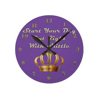 Alittleの王冠 ラウンド壁時計