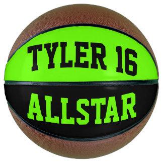 Allstarの黒およびDayglowの緑 バスケットボール