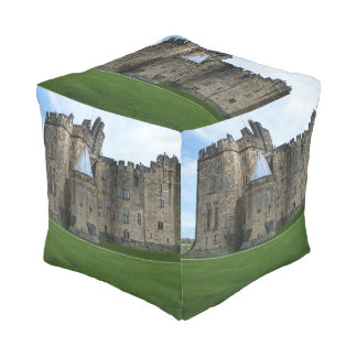 Alnwickの城イギリス プーフ