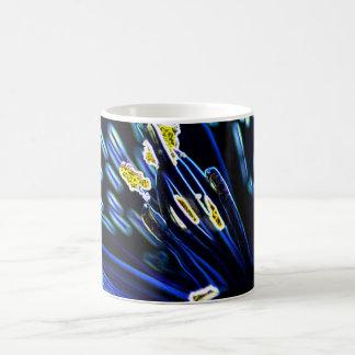 alstromeriaのマクロデジタル芸術 コーヒーマグカップ