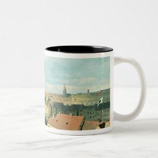 Altes博物館が付いているベルリン市の眺め ツートーンマグカップ