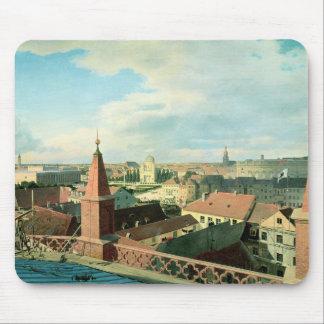 Altes博物館が付いているベルリン市の眺め マウスパッド