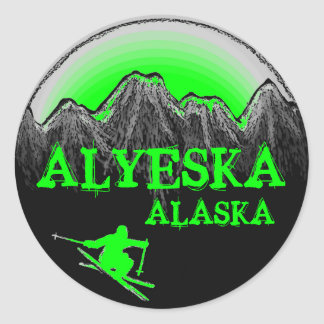 Alyeskaアラスカの緑のスキーヤーのステッカー ラウンドシール