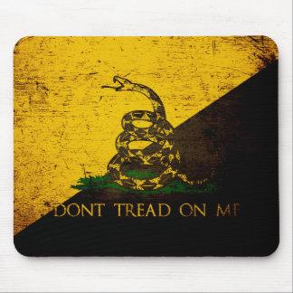 Anarcho黒くグランジなガズデンの旗 マウスパッド