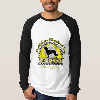 Anatolian羊飼い犬のタクシーサービス Tシャツ