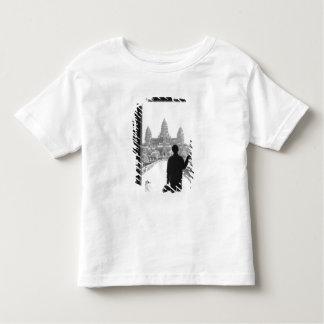 Angkorカンボジア、戸口及び人アンコール・ワット トドラーTシャツ